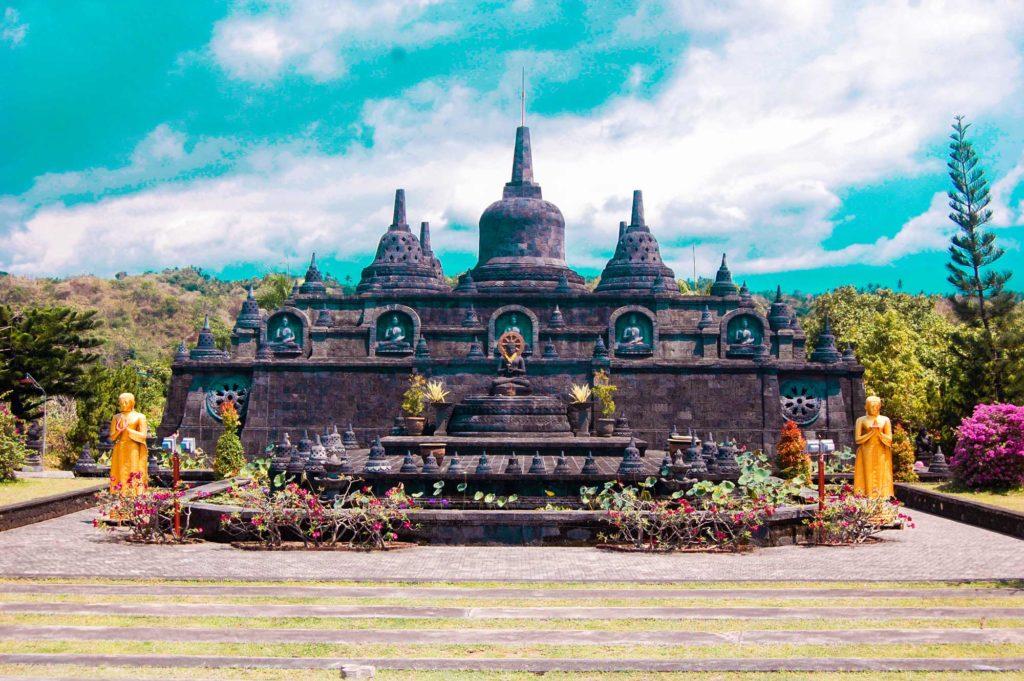 budhisticky-chram-bali-asijo